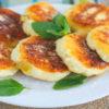 рецепт сырников из творога классических на сковороде с фото пошагово