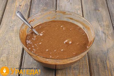 шоколадное жидкое тесто