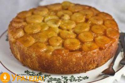 испеченный пирог