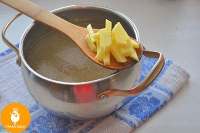картофель в ложке