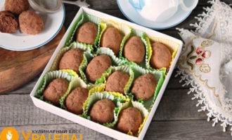 коробочка с пирожными