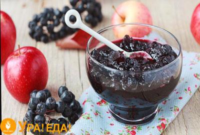 яблочное варенье с черноплодкой