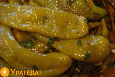 готовый зеленый перец цицак