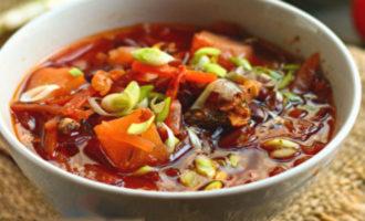 Как приготовить постный борщ с фасолью и килькой в томате без мяса